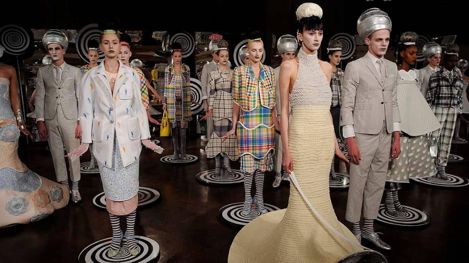 Modelos durante desfile de Thom Browne durante a Semana de Moda de Nova York