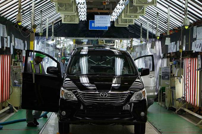 montadora-automovel-indonesia-20110914-01-original.jpeg