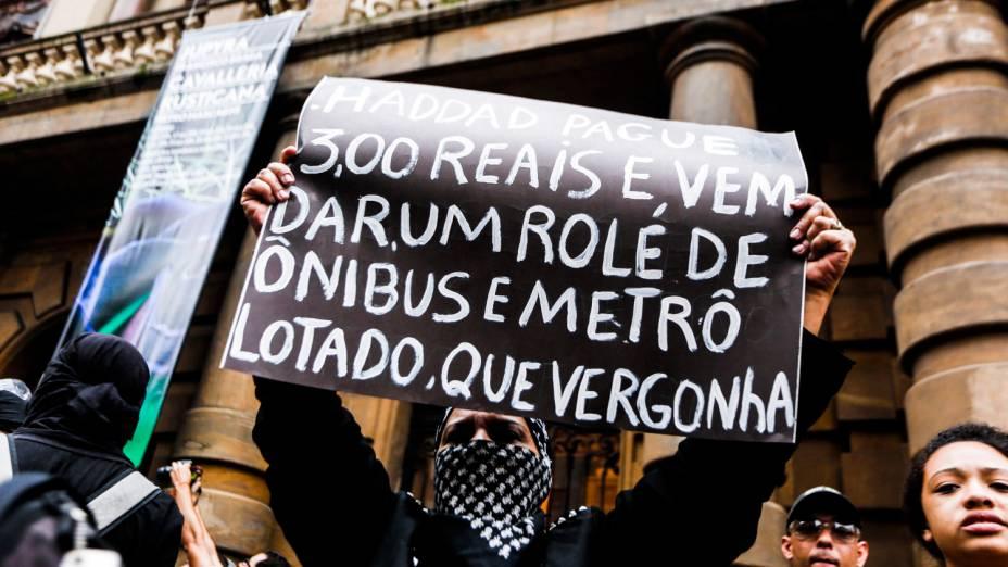 Manifestação do Movimento Passe Livre (MPL) contra o preço da tarifa
