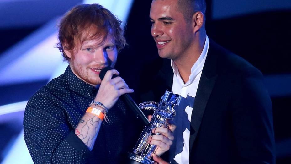 Ed Sheeran vencedor na categoria artista masculino