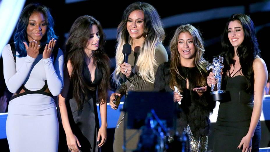 O grupo Fifth Harmony, vencedor na categoria artista revelação