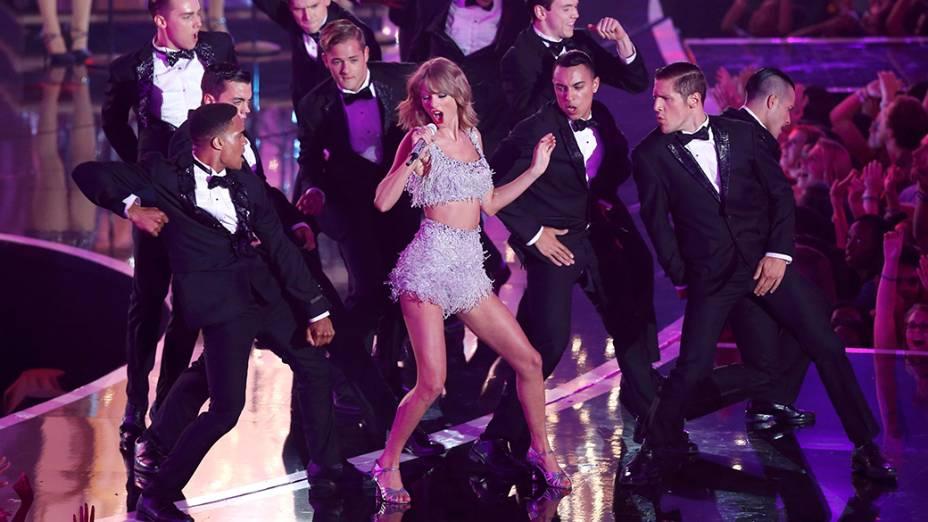 Apresentação de Taylor Swfit no VMA 2014