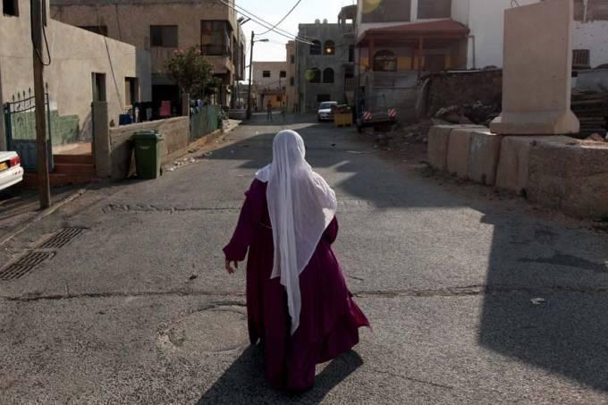 mulher-ghajar-fronteira-israel-libano-siria-20101117-original.jpeg