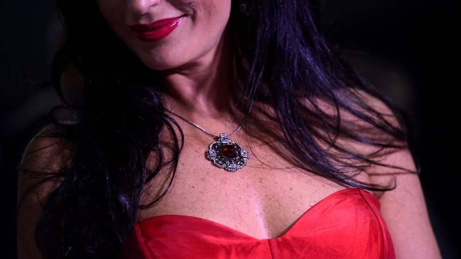 Detalhe das jóias de Cozete Gomes