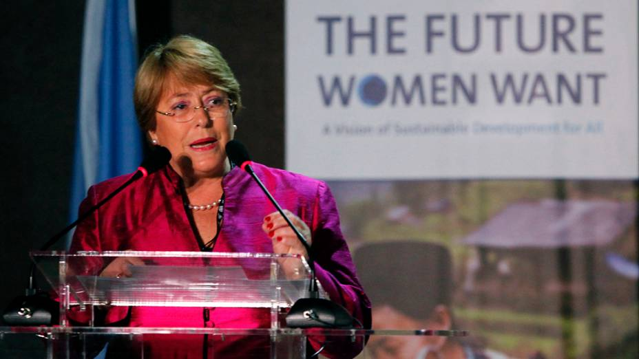 A diretora da ONU Mulher, Michelle Bachelet, durante o fórum O que as mulheres querem na Rio+20