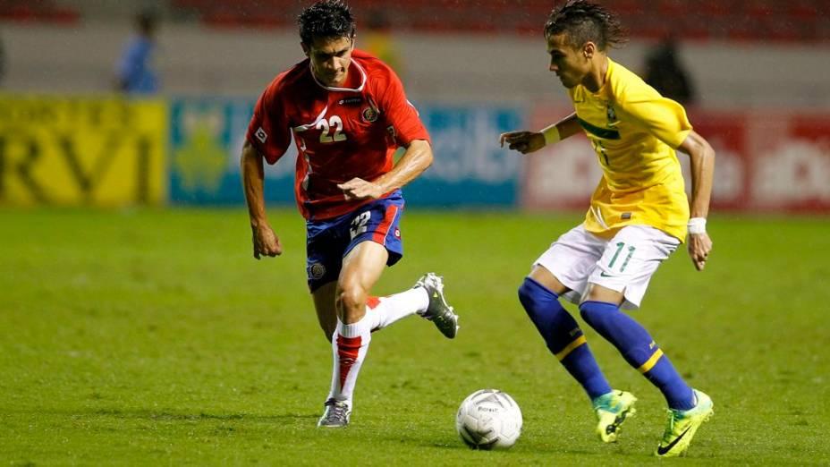 Neymar em lance do amistoso da seleção brasileira contra a Costa Rica; o jovem craque fez o único gol da partida
