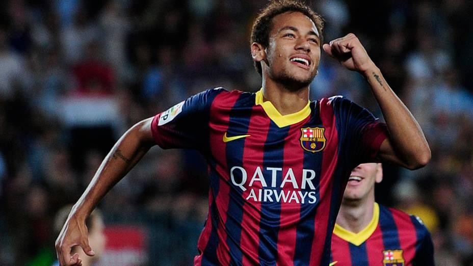 Neymar faz gol no duelo entre Barcelona e Real Sociedad, nesta terça-feira (24), pelo Campeonato Espanhol