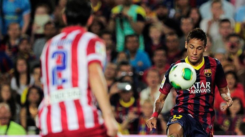 Neymar do Barcelona é titular ao lado de Messi diante do Atlético de Madri, no Camp Nou, pela final da Supercopa da Espanha, nesta quarta-feira (28)
