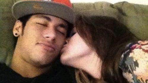 Neymar e a atriz Bruna Marquezine