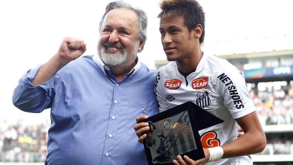 Laor e Neymar na Vila Belmiro: 'Nosso clube é centenário e só teve um período com mais títulos do que este: a era Pelé. É pouco?'