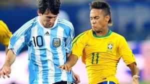 Messi e Neymar no amistoso entre Brasil e Argentina, em 2010