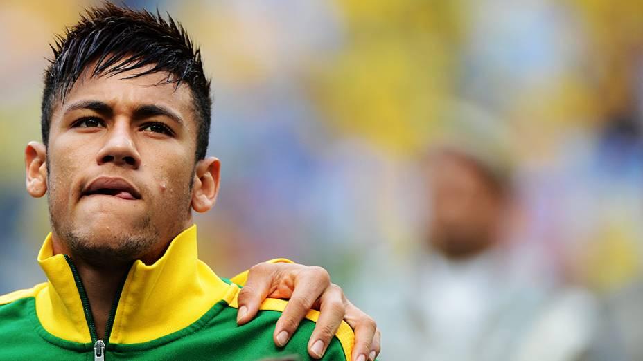 Neymar durante partida contra França, amistoso de preparação para a Copa das Confederações realizada no Arena do Grêmio