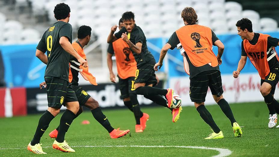 Seleção brasileira treina no Itaquerão antes do jogo contra a Croácia, em São Paulo