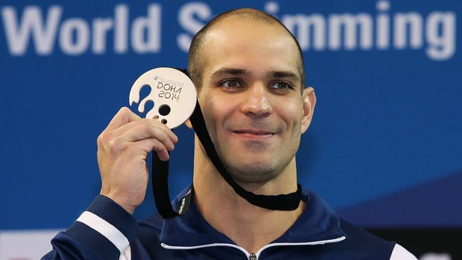 Nicholas Santos acabou com a medalha de prata na prova dos 50 m borboleta no Campeonato Mundial de Natação em piscina curta, disputado em Doha, no Catar