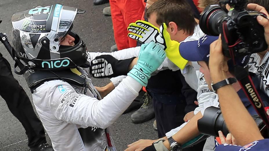 Nico Rosberg, da Mercedes, vence o Grande Prêmio de Mônaco de Fórmula 1