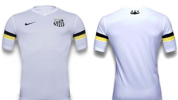 Nova camisa do Santos, fabricada pela Nike