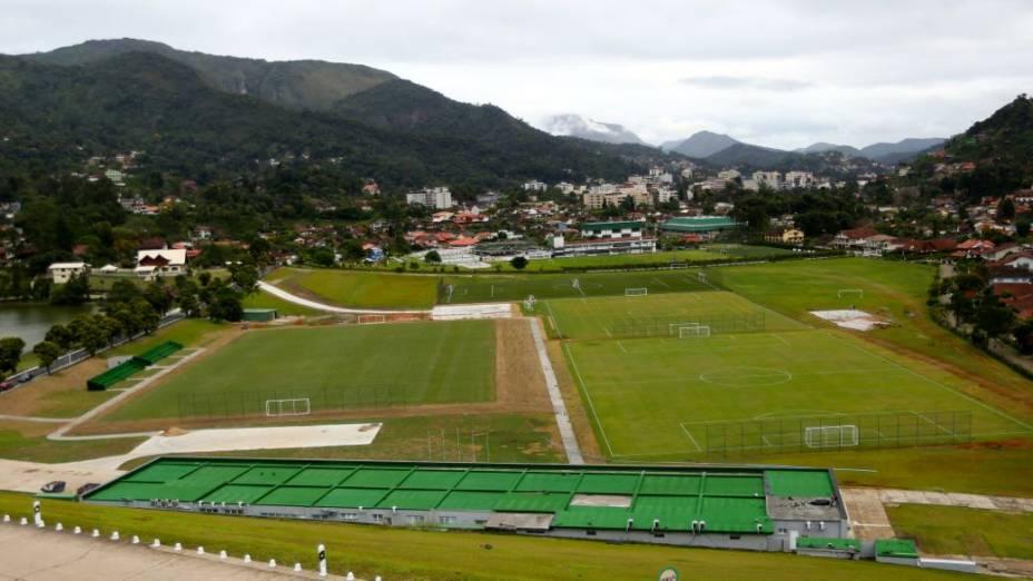 Reforma na Granja Comary, concentração da seleção brasileira: campos de treino
