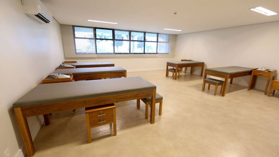 Reforma na Granja Comary, concentração da seleção brasileira: sala de massagens