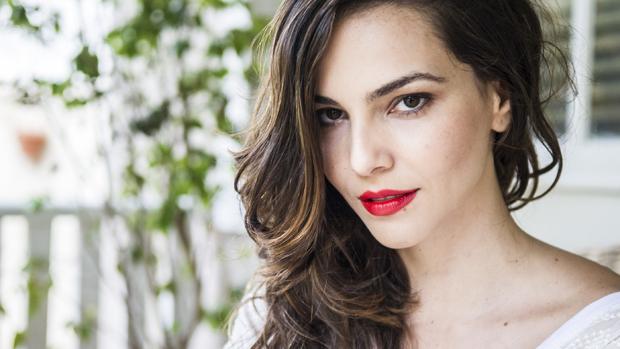 Marina (Taina Muller) na novela Em Família