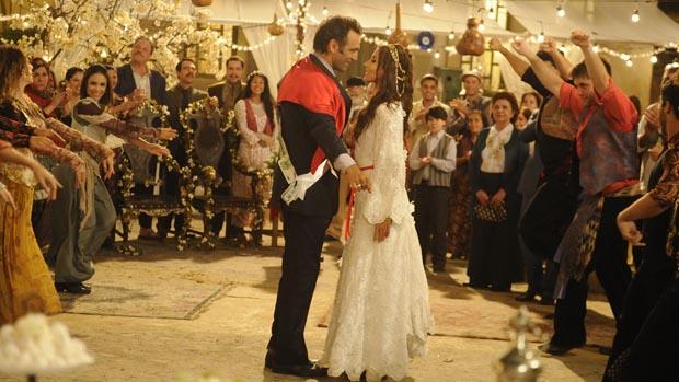 Casamento de Ayla (Tania Khalil) e Zyah (Domingos Montagner) em Salve Jorge