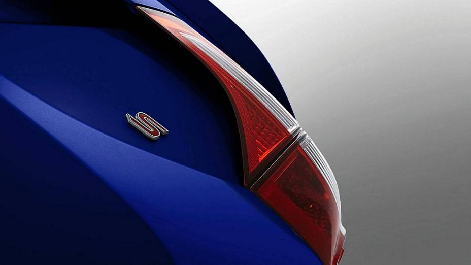 Detalhe do novo Corolla, que tem lançamento marcado para dia 6 de junho