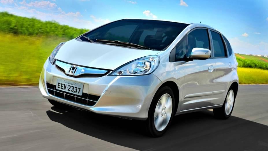<br><br>  O Fit vendido atualmente no Brasil e em outros mercados é o de segunda geração, lançado mundialmente em 2007