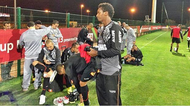O atacante Jô no primeiro treino do Atlético-MG no Marrocos