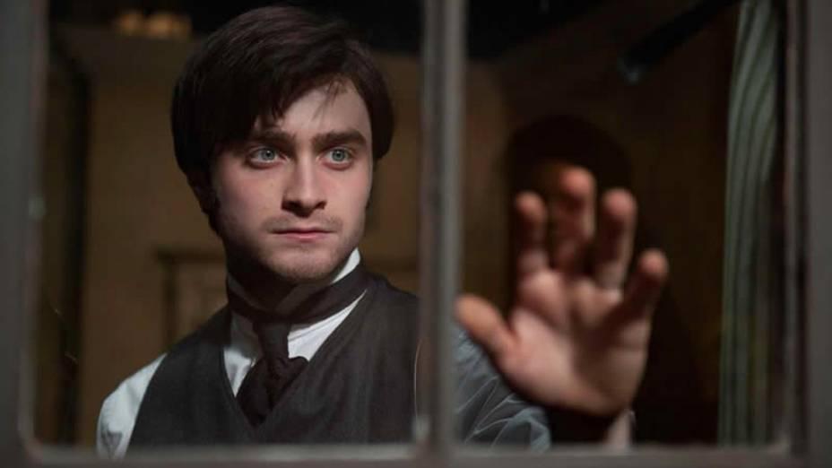 O ator britânico Daniel Radcliffe no longa de terror A Mulher de Preto