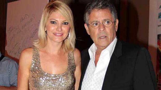 o-ator-e-diretor-marcos-paulo-com-a-mulher-a-atriz-antonia-fontenelle-na-festa-de-encerramento-do-9-amazonas-film-festival-sexta-feira-09-11-12-original.jpeg