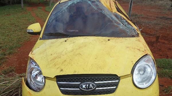 O carro do cantor Pedro Leonardo, que sofreu acidente em 20 de abril