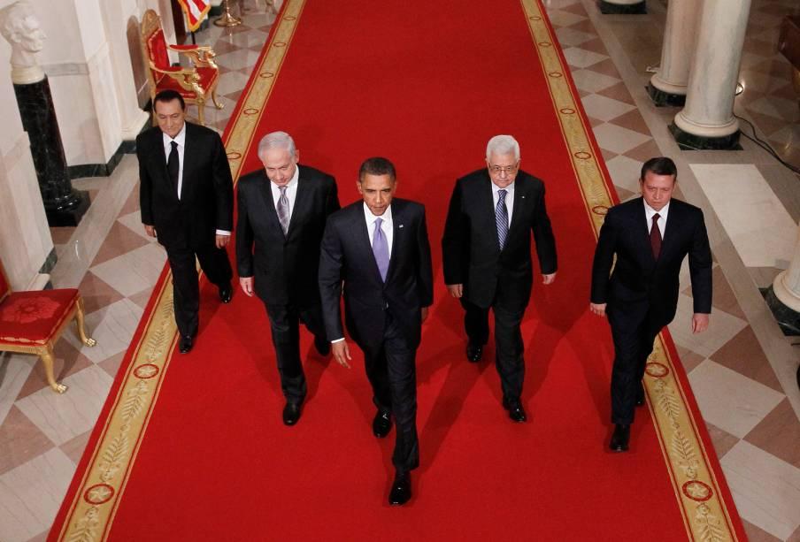 O presidente dos Estados Unidos, Barack Obama, e líderes do Egito, Israel, Palestina e Jordânia se reúnem na Casa Branca para as negociações do plano de paz do Oriente Médio