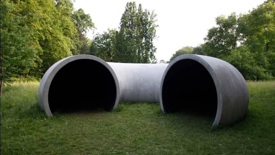 """Obra """"Transition, 2012"""" do artista Gabriel Lester, na exposição """"dOCUMENTA (13)"""" em Kassel, Alemanha"""