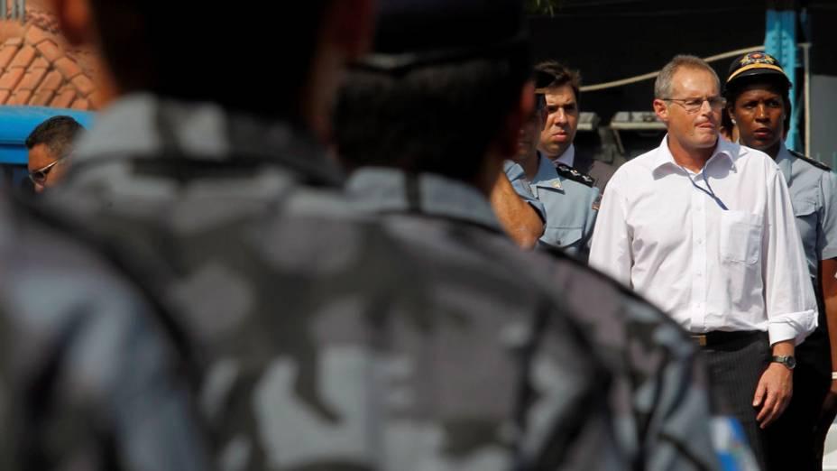 José Beltrame, Secretário de Segurança do Rio de Janeiro, participa de cerimônia no Batalhão de Choque - 11/11/2011