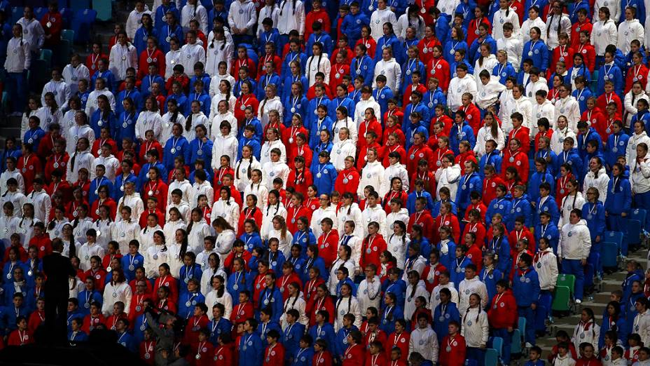 Crianças no encerramento dos Jogos de Sochi