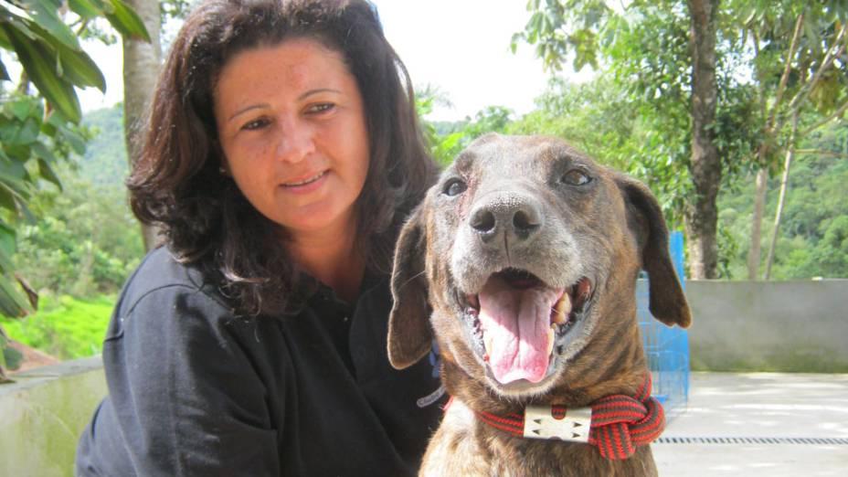 Brutos ficou onze anos amarrado a uma corda de pouco mais de um metro. Quando foi resgatado, mal sabia andar