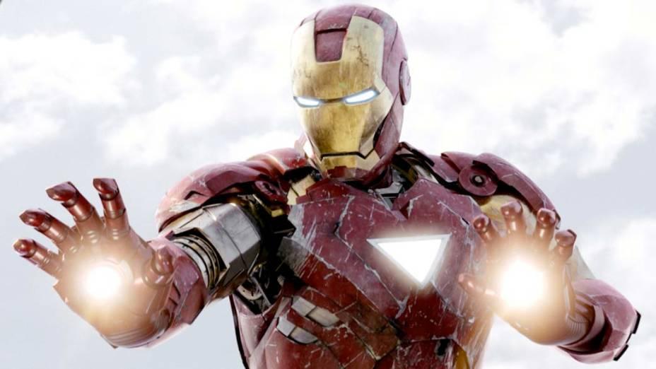 O personagem Homem de Ferro interpretado por Robert Downey Jr. está em cartaz com o filme Os Vingadores