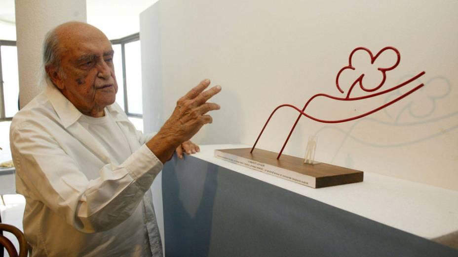 2005 - Oscar Niemeyer