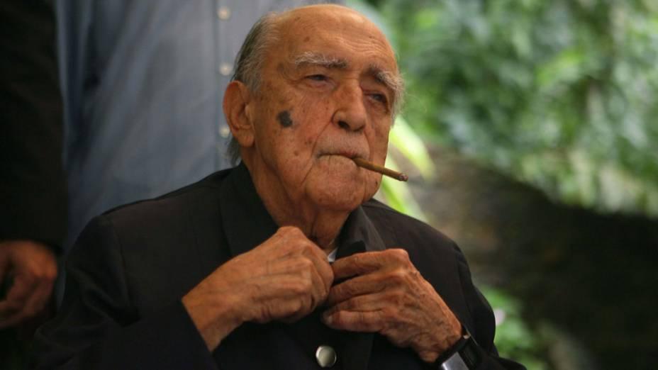 2007 - Arquiteto Oscar Niemeyer durante seu aniversário de 100 anos