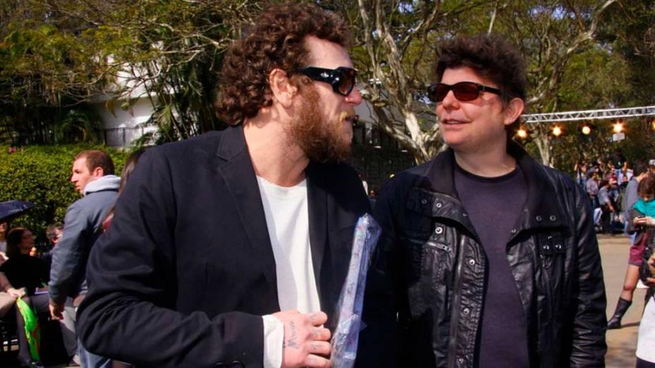 Os músicos Otto e Branco Mello acompanharam o desfile da Cavalera, no terceiro dia do SPFW