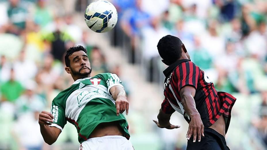Henrique, do Palmeiras, na partida contra o Atlético Paranaense, válida pela 38ª rodada do Campeonato Brasileiro 2014, realizada no Allianz Parque, em São Paulo, neste domingo (07)