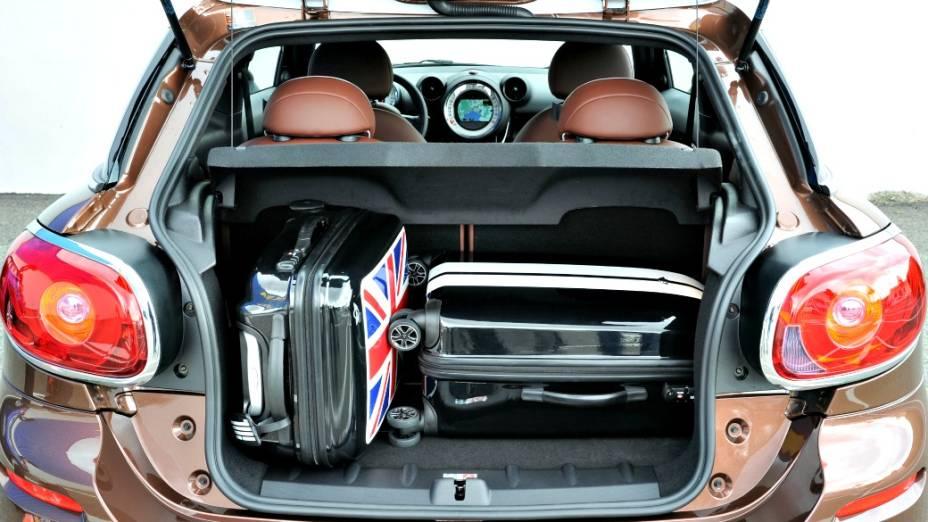 Paceman, o caçula da família Mini, do grupo BMW, chega ao Brasil em 2013