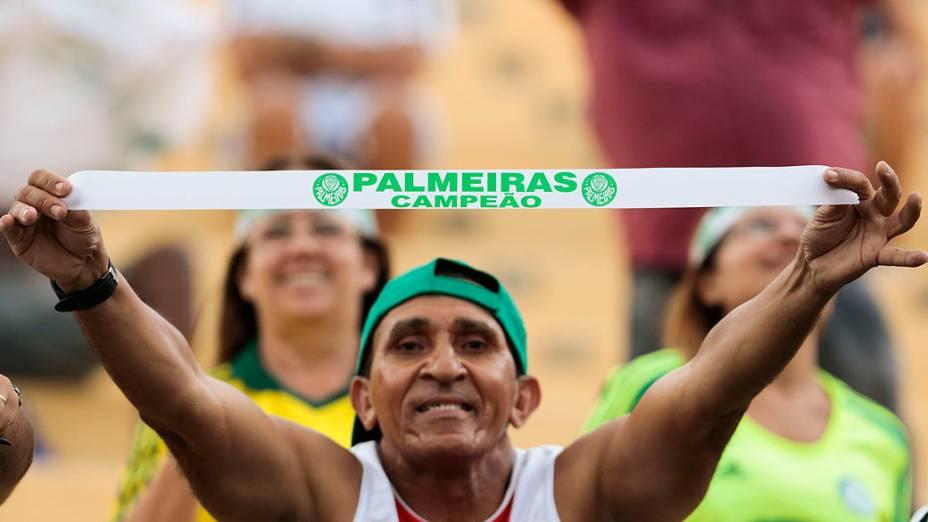 Torcedor vibra com vitória sobre o Boa Esporte, neste sábado, no Pacaembu
