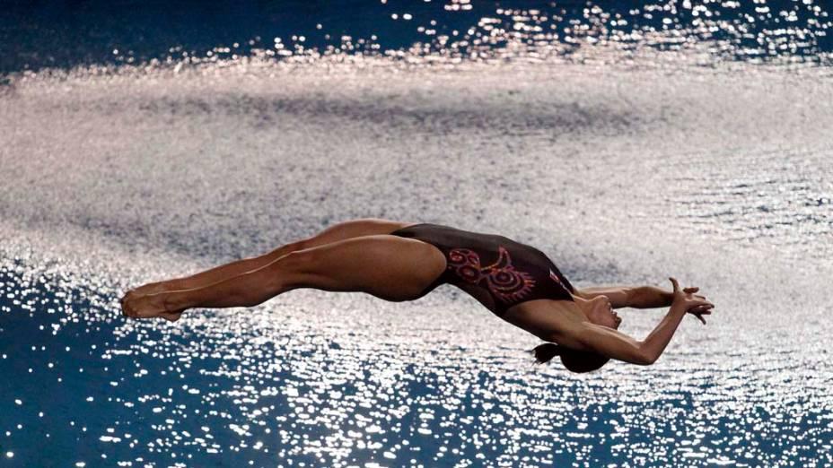A mexicana Laura Sanchez na prova trampolim de 3 m dos saltos ornamentais, no décimo quarto dia dos Jogos Pan-Americanos em Guadalajara, México, em 28/10/2011