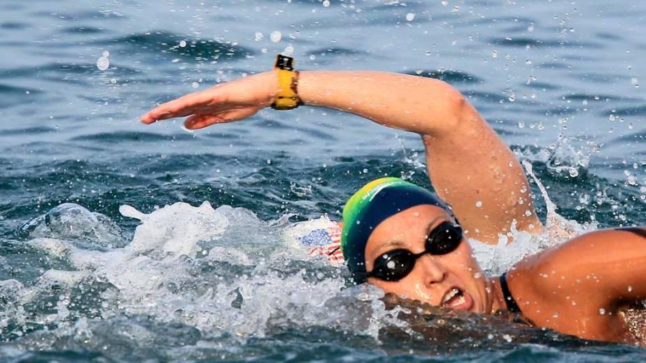 A brasileira Poliana Okimoto durante prova feminina de 10km de maratona aquática, no oitavo dia dos Jogos Pan-Americanos em Guadalajara, México, em 22/10/2011