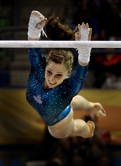 A canadense Kristina Vaculik durante prova de ginástica artística na barra fixa, no décimo dia dos Jogos Pan-Americanos em Guadalajara, México, em 24/10/2011