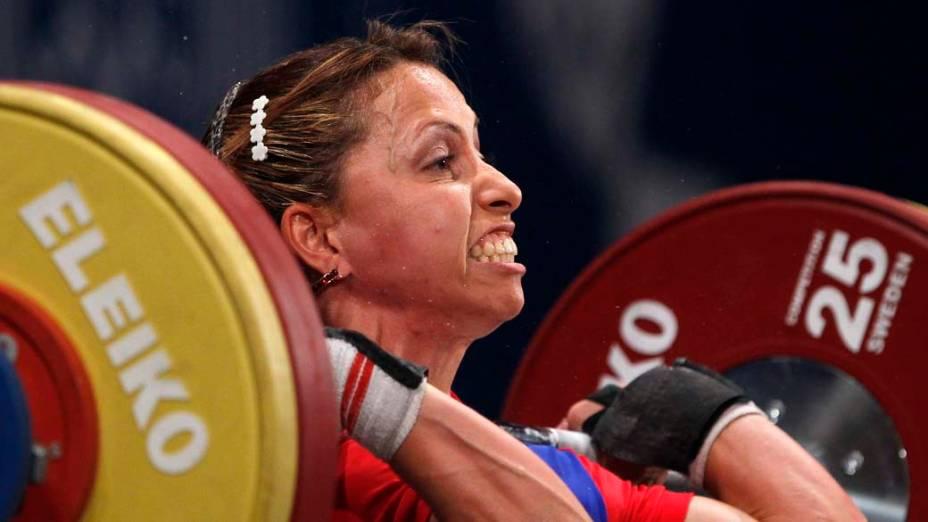 A venezuelana Inmara Henrriquez durante prova de levantamento de peso categoria 53kg, no décimo dia dos Jogos Pan-Americanos em Guadalajara, México, em 24/10/2011
