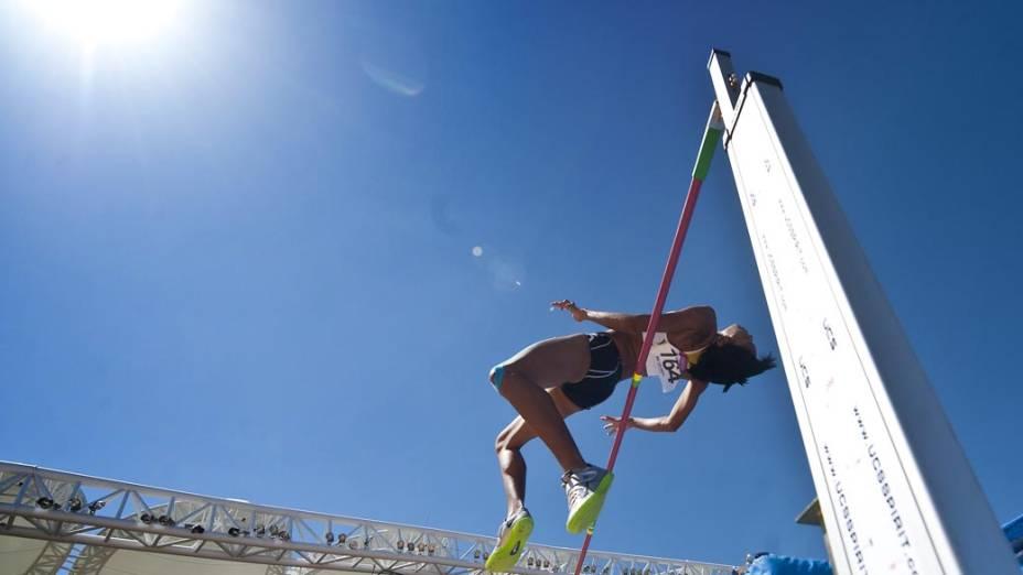 Wanetta Kirby de Ilhas Virgens durante salto em altura, no décimo primeiro dia dos Jogos Pan-Americanos em Guadalajara, México, em 25/10/2011