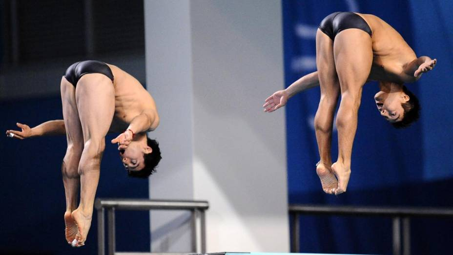 A dupla mexicana Julian Sanchez e Yahel Castillo durante prova de salto sincronizado, no décimo segundo dia dos Jogos Pan-Americanos em Guadalajara, México, em 26/10/2011