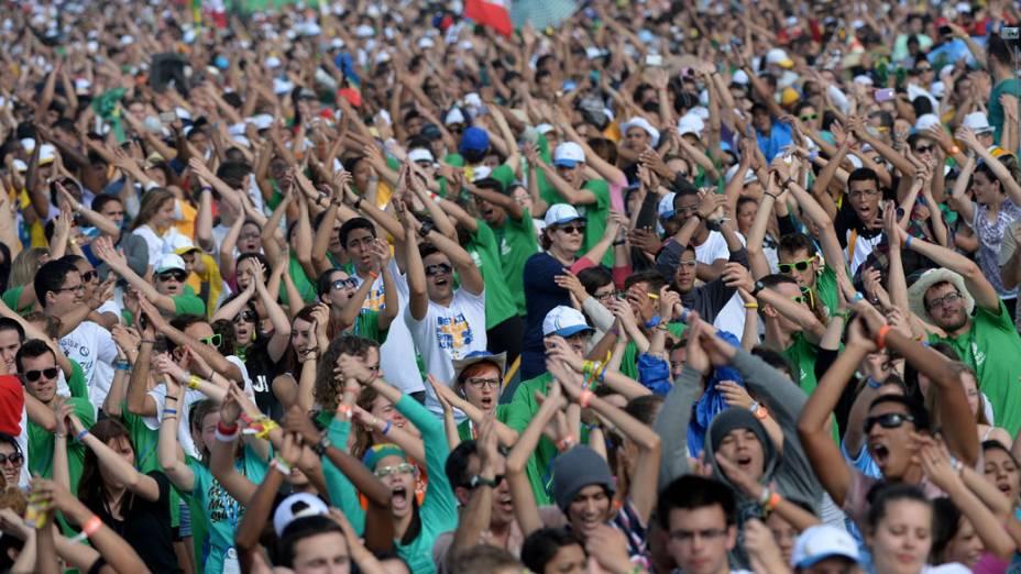 Peregrinos no último dia da JMJ em Copacabana, em 28/07/2013