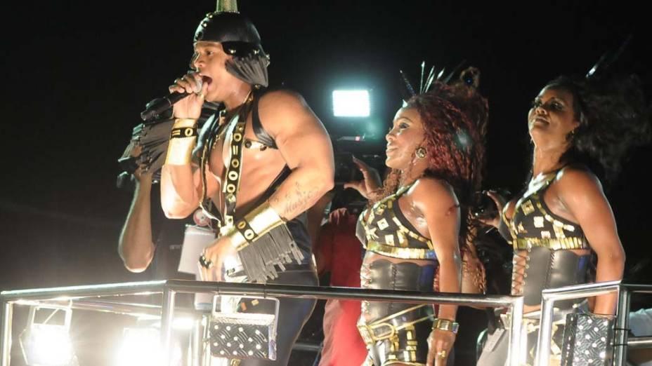 Parngolé no carnaval de Salvador, em 18/02/2012